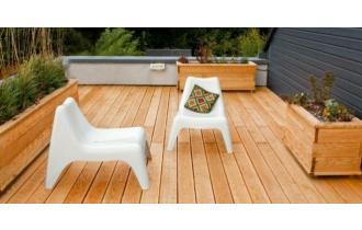 Drewniany taras? Zapoznaj się z radami eksperta i wybierz odpowiednie deski tarasowe!